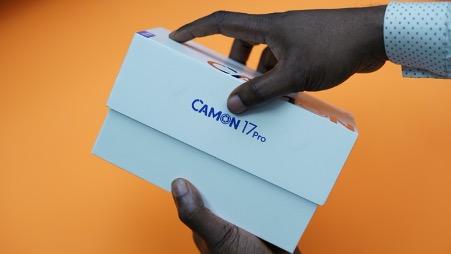 Camon 17 Pro box