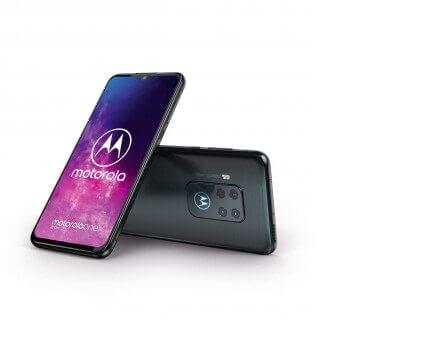 Motorola One Zoom image