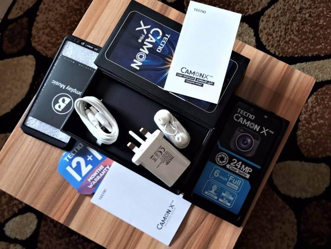 TECNO Camon X Pro unboxing 4