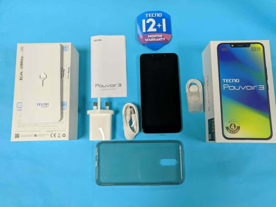 TECNO Pouvoir 3 accessories